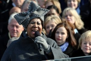 "Aretha Franklin, at 2009 presidential inauguration, wearing ""the hat."" AP photo."